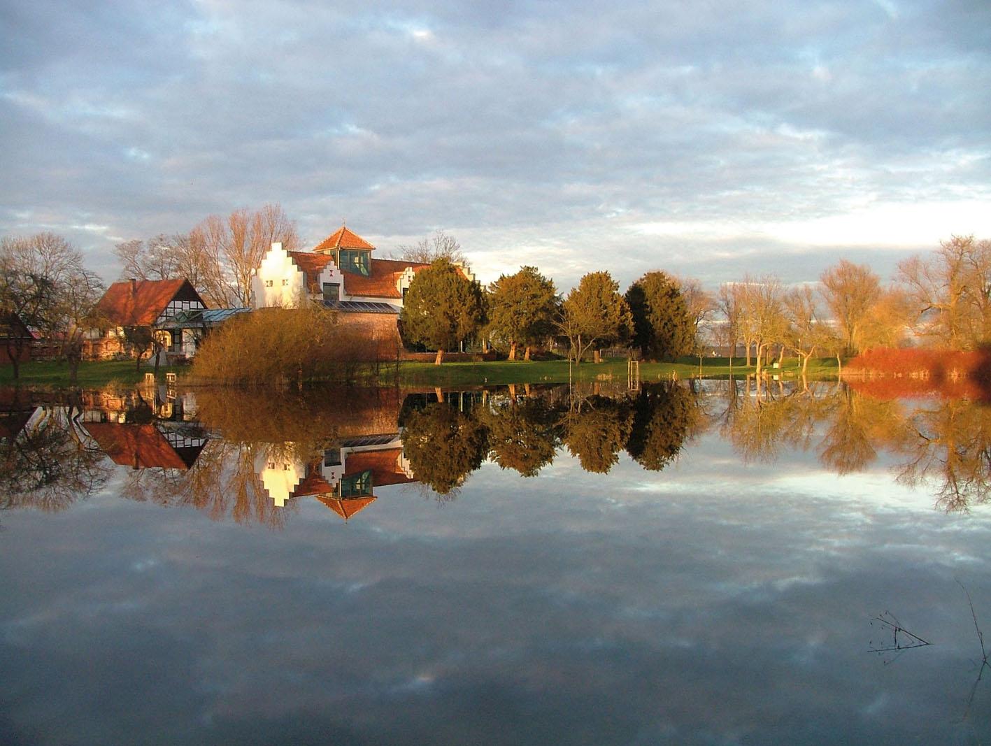 Blick auf Burghof, Londy-Park und Spritzenwiese / Foto: Jens-Uwe Meyer