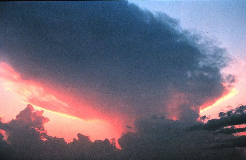 Gewitterzelle / Bild: Public Domain, wikimedia, NOAA