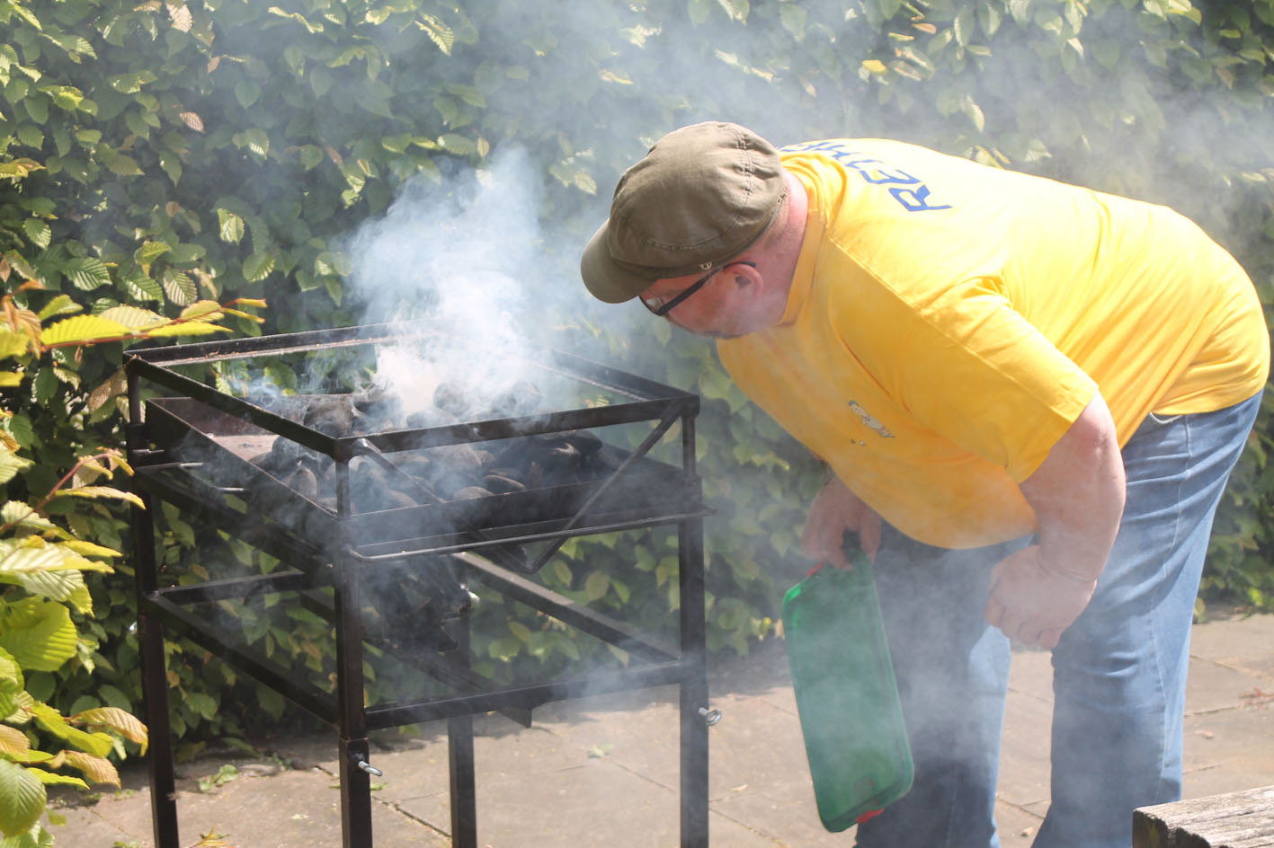 Hoffentlich gibt's keine Rauchvergiftung / Bild: Reiner Dittmers